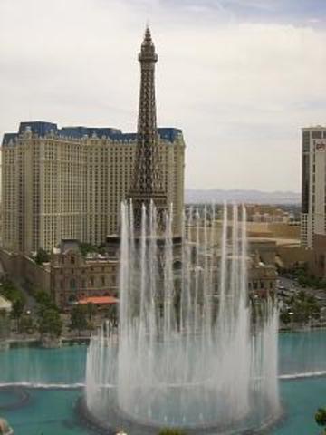 Vegas_fountain