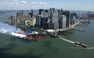 Nyc_air_show_downtown