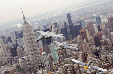 Nyc_air_show_empire_state